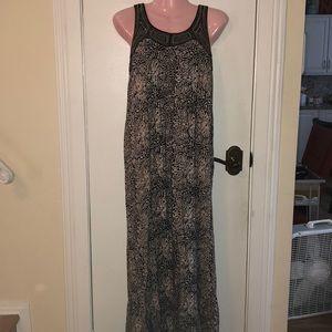 Forever XXI tan/black maxi dress size Med.
